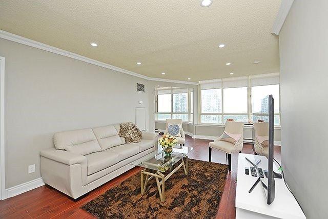 Condo Apartment at 3605 Kariya Dr, Unit Ph1, Mississauga, Ontario. Image 19