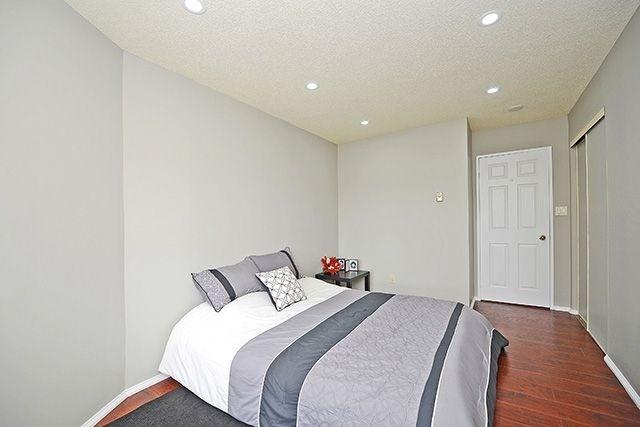 Condo Apartment at 3605 Kariya Dr, Unit Ph1, Mississauga, Ontario. Image 5