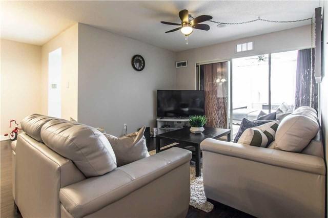 Condo Apartment at 30 Malta Ave, Unit 1404, Brampton, Ontario. Image 1