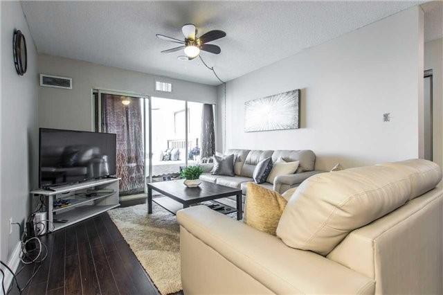 Condo Apartment at 30 Malta Ave, Unit 1404, Brampton, Ontario. Image 10