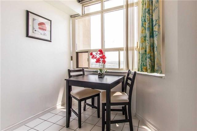 Condo Apartment at 30 Malta Ave, Unit 1404, Brampton, Ontario. Image 14