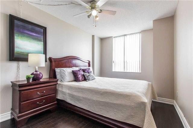 Condo Apartment at 30 Malta Ave, Unit 1404, Brampton, Ontario. Image 2