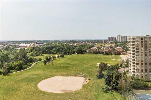 Condo Apartment at 30 Malta Ave, Unit 1404, Brampton, Ontario. Image 6