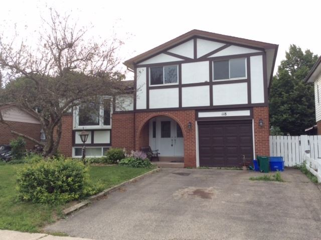 Detached at 118 Parkview Dr, Orangeville, Ontario. Image 1