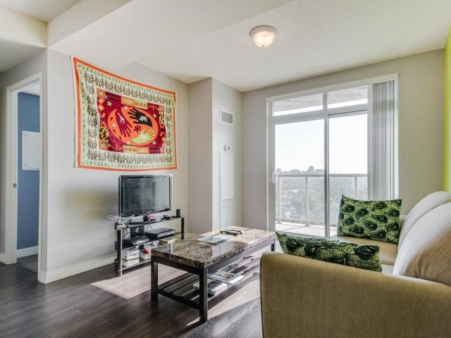 Condo Apartment at 812 Lansdowne Ave, Unit 1112, Toronto, Ontario. Image 13