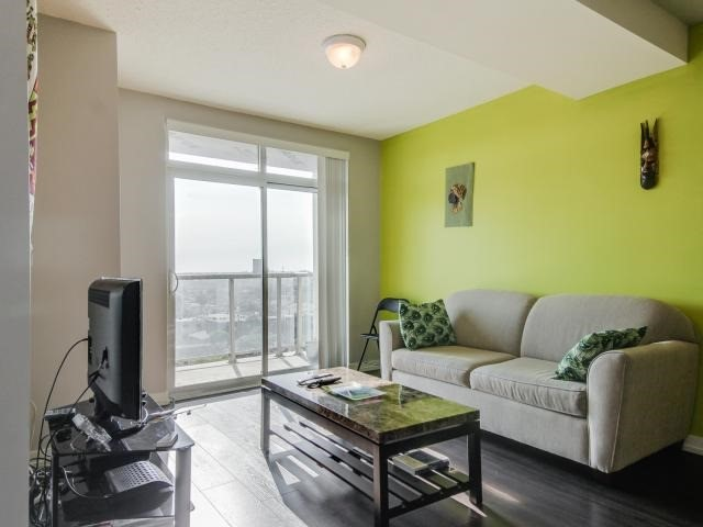 Condo Apartment at 812 Lansdowne Ave, Unit 1112, Toronto, Ontario. Image 15