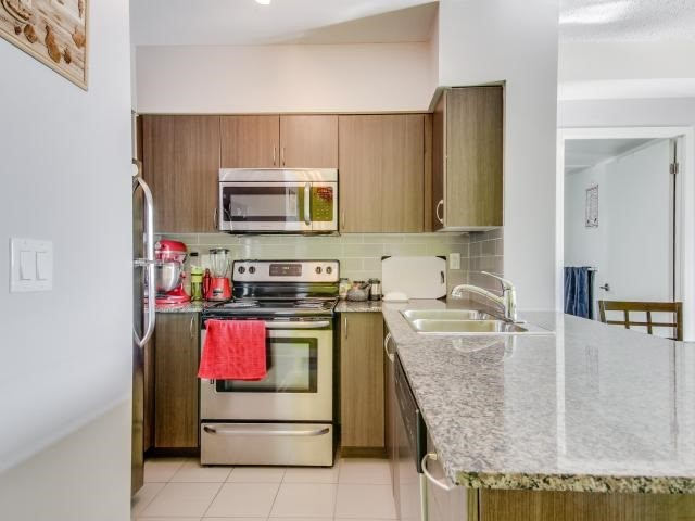 Condo Apartment at 812 Lansdowne Ave, Unit 1112, Toronto, Ontario. Image 2