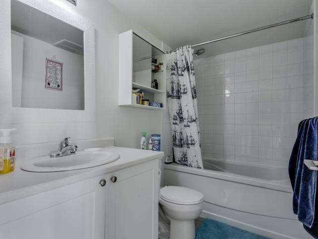 Condo Apartment at 812 Lansdowne Ave, Unit 1112, Toronto, Ontario. Image 6