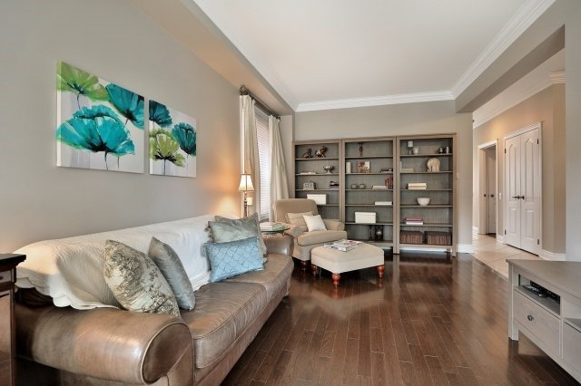 Detached at 3343 Whilabout Terr, Oakville, Ontario. Image 15