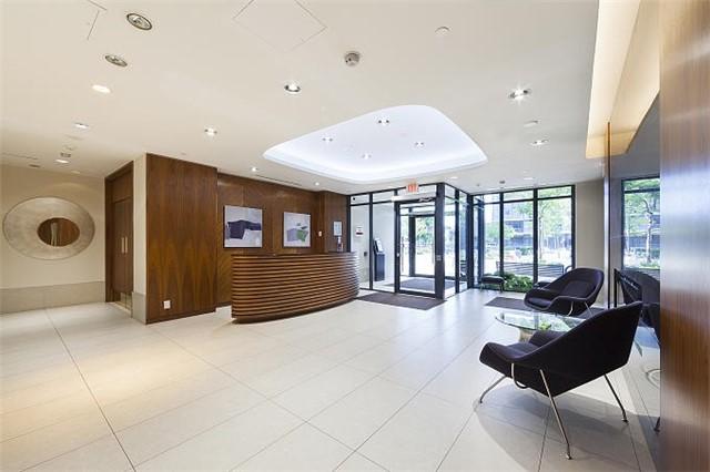 Condo Apartment at 1 Valhalla Inn Rd, Unit 1410, Toronto, Ontario. Image 13