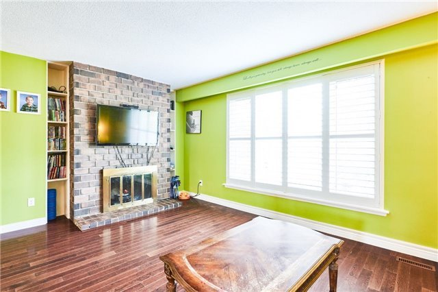 Condo Townhouse at 318 Laurier Ave, Unit 37, Milton, Ontario. Image 16
