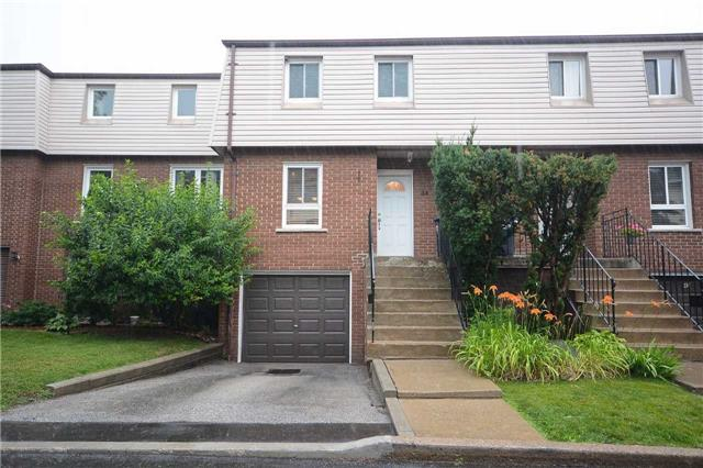 Condo Townhouse at 3175 Kirwin Ave, Unit 44, Mississauga, Ontario. Image 1