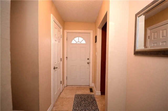 Condo Townhouse at 3175 Kirwin Ave, Unit 44, Mississauga, Ontario. Image 14
