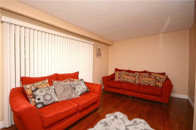 Condo Townhouse at 3175 Kirwin Ave, Unit 44, Mississauga, Ontario. Image 15