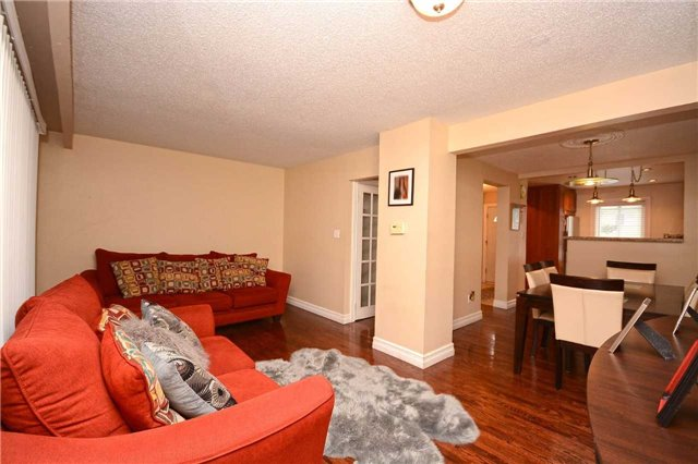 Condo Townhouse at 3175 Kirwin Ave, Unit 44, Mississauga, Ontario. Image 16