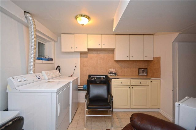 Condo Townhouse at 3175 Kirwin Ave, Unit 44, Mississauga, Ontario. Image 9