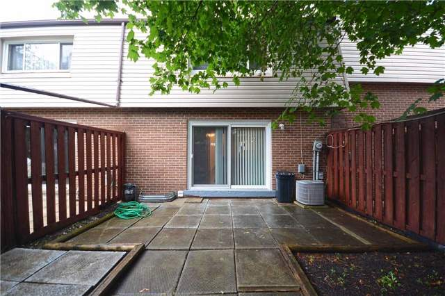 Condo Townhouse at 3175 Kirwin Ave, Unit 44, Mississauga, Ontario. Image 11