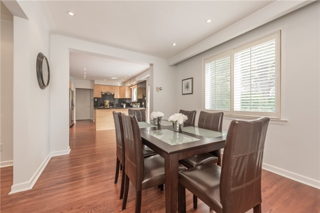 Detached at 15 Thicket Rd, Toronto, Ontario. Image 16