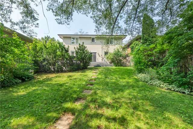 Detached at 15 Thicket Rd, Toronto, Ontario. Image 13