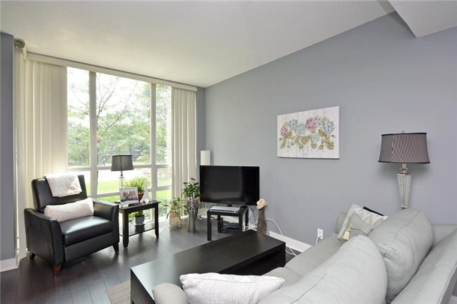 Condo Townhouse at 90 Absolute Ave, Unit 111, Mississauga, Ontario. Image 16
