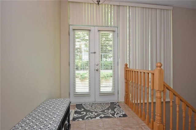 Condo Townhouse at 90 Absolute Ave, Unit 111, Mississauga, Ontario. Image 3