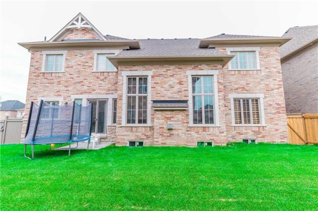 Detached at 6 Duet St, Brampton, Ontario. Image 13