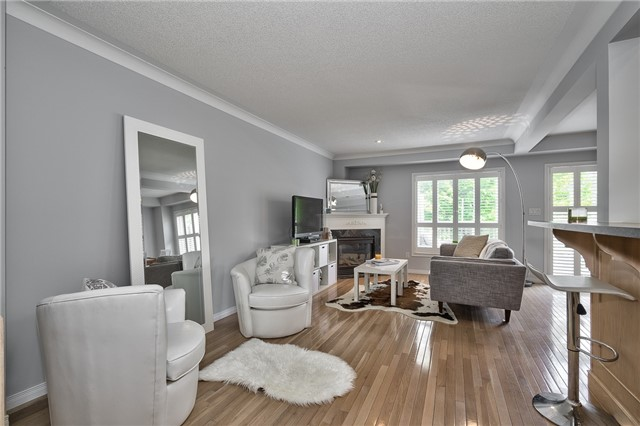 Condo Townhouse at 2151 Walkers Line, Unit 17, Burlington, Ontario. Image 14