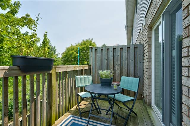 Condo Townhouse at 2151 Walkers Line, Unit 17, Burlington, Ontario. Image 20