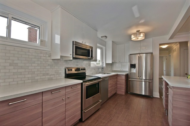 Detached at 48 Lemonwood Dr, Toronto, Ontario. Image 2