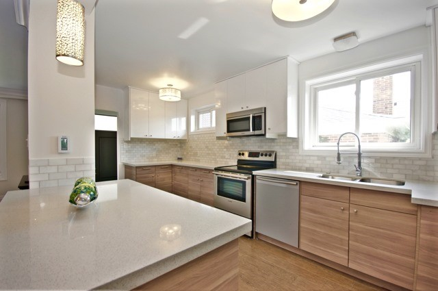 Detached at 48 Lemonwood Dr, Toronto, Ontario. Image 6