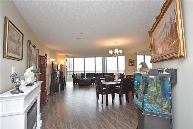 Condo Apartment at 50 Eglinton Ave W, Unit 1007, Mississauga, Ontario. Image 14