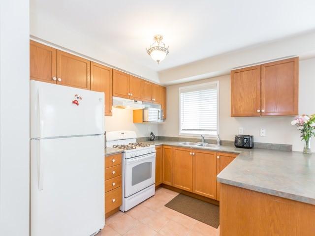 Condo Townhouse at 9800 Mclaughlin Rd N, Unit 15, Brampton, Ontario. Image 20