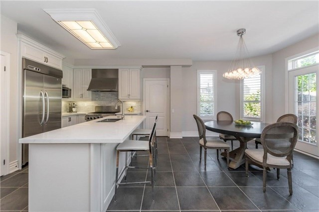 Detached at 3275 Raspberry Bush Tr, Oakville, Ontario. Image 20
