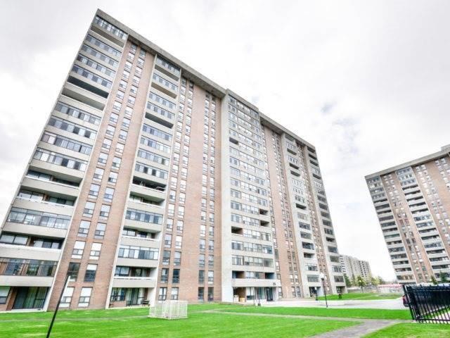 Condo Apartment at 25 Kensington Rd, Unit 1607, Brampton, Ontario. Image 1