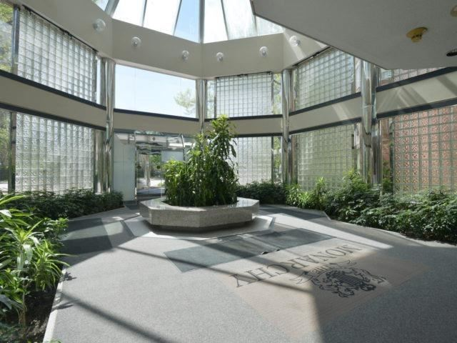 Condo Apartment at 325 Webb Dr, Unit 1206, Mississauga, Ontario. Image 12