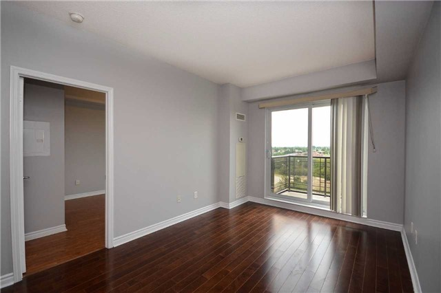 Condo Apartment at 385 Prince Of Wales Dr, Unit 710, Mississauga, Ontario. Image 16