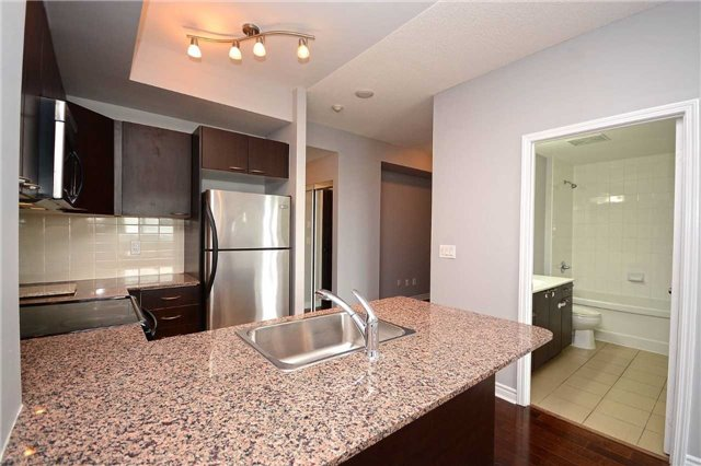Condo Apartment at 385 Prince Of Wales Dr, Unit 710, Mississauga, Ontario. Image 18