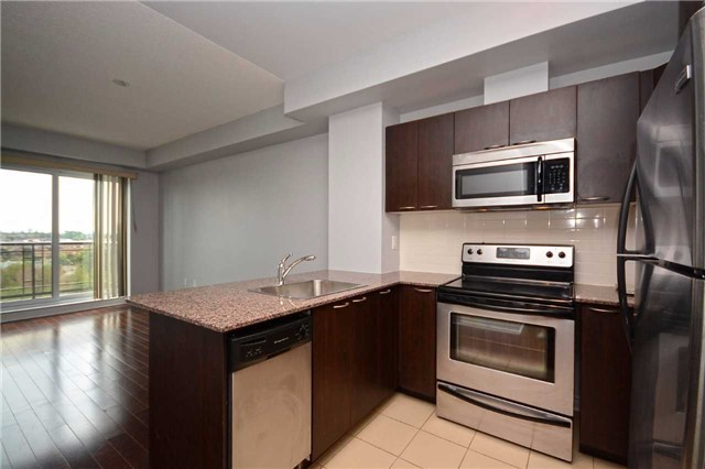 Condo Apartment at 385 Prince Of Wales Dr, Unit 710, Mississauga, Ontario. Image 19