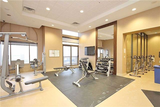 Condo Apartment at 385 Prince Of Wales Dr, Unit 710, Mississauga, Ontario. Image 10