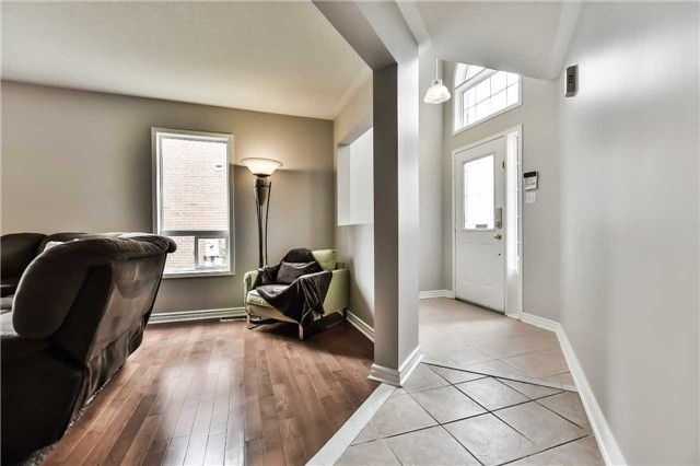 Detached at 5255 Marblewood Dr, Mississauga, Ontario. Image 10