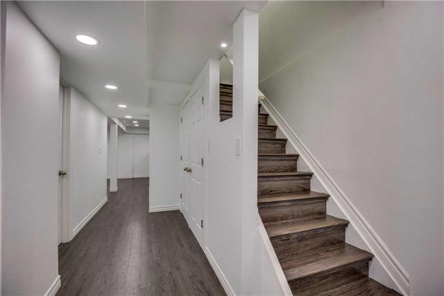 Townhouse at 2231 Shipwright Rd, Oakville, Ontario. Image 7