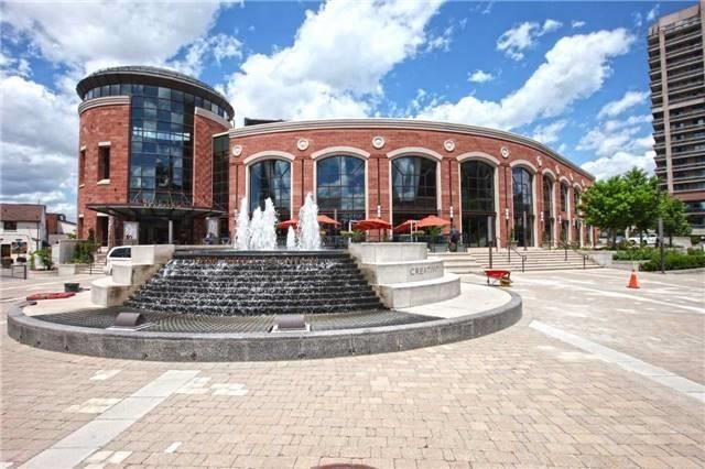 Detached at 27 Rosedale Ave W, Brampton, Ontario. Image 13