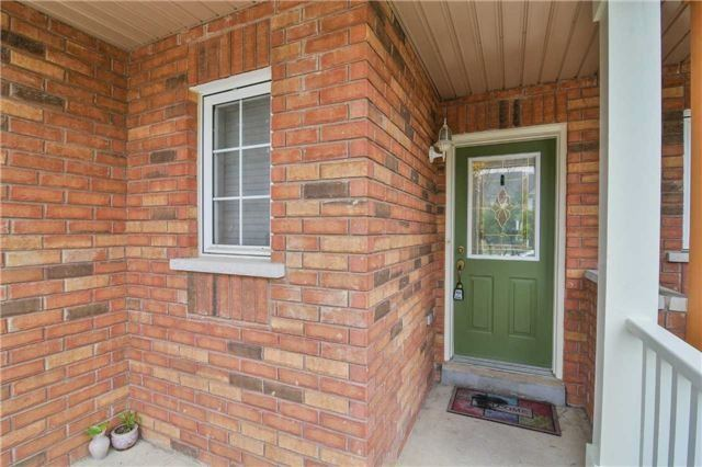 Townhouse at 5546 Linwell Pl, Mississauga, Ontario. Image 12