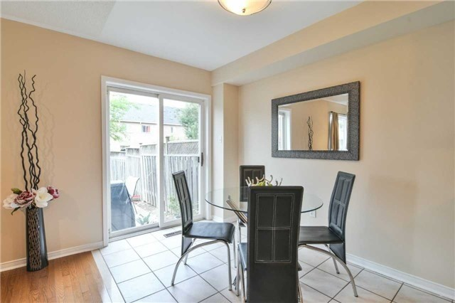 Townhouse at 5546 Linwell Pl, Mississauga, Ontario. Image 19