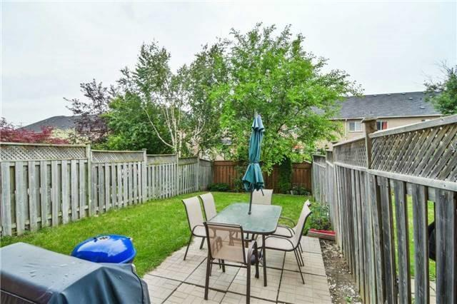 Townhouse at 5546 Linwell Pl, Mississauga, Ontario. Image 11
