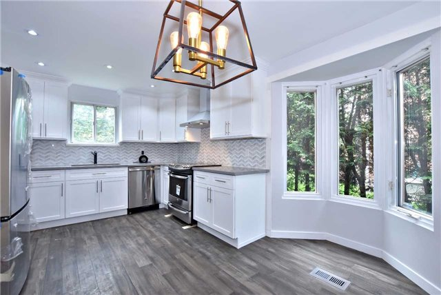 Detached at 238 Longwood Dr, Caledon, Ontario. Image 19
