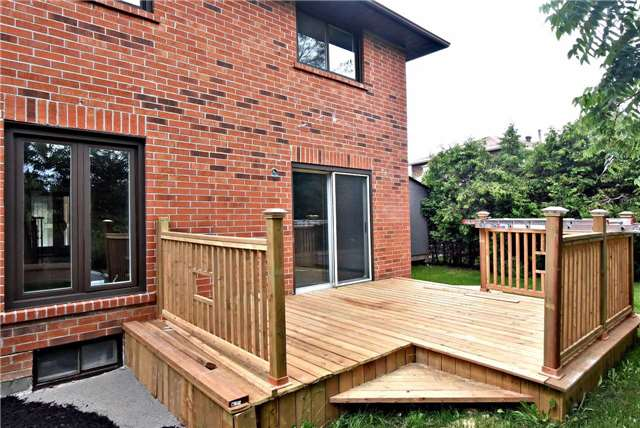 Detached at 238 Longwood Dr, Caledon, Ontario. Image 13