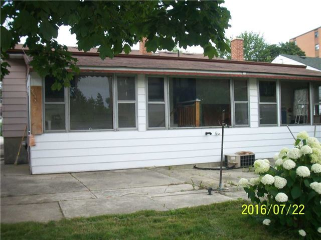 Detached at 1038 Roosevelt Rd, Mississauga, Ontario. Image 19