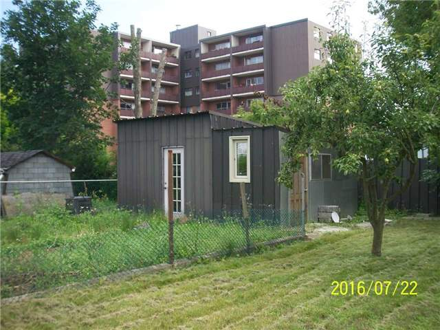 Detached at 1038 Roosevelt Rd, Mississauga, Ontario. Image 7