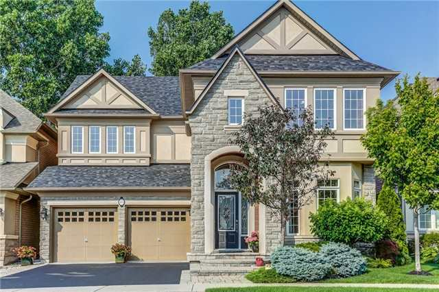 Detached at 215 Innville Cres, Oakville, Ontario. Image 1